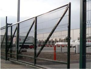 Откатные ворота в пром. зоне