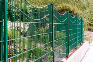 металлический-забор-для-дачи