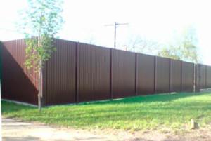 забор-из-профнастила-для-дачи