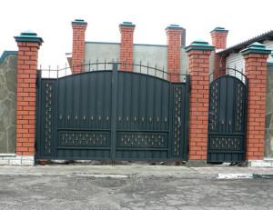 Садовые ворота из металла