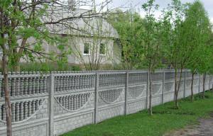 Зачем устанавливать забор на даче