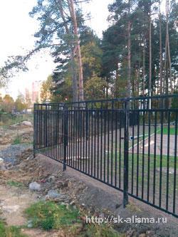 Сварной забор без декоративных элементов