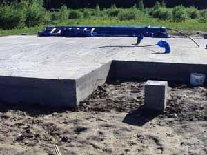 Фундамент на основе бетонной плиты: плюсы и минусы