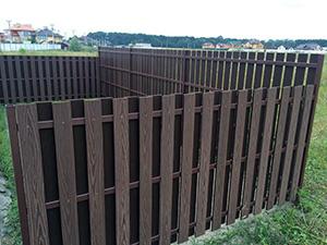 Альтернатива деревянному забору в виде ограждения из ДПК